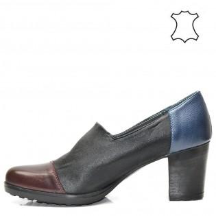 Атрактивни дамски обувки в комбинация - 931BJ17