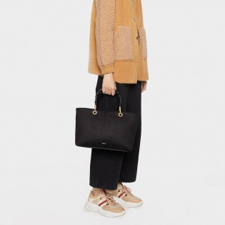 Дамска чанта в черен цвят с бамбукови дръжки на PARFOIS - 172950black
