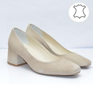 Бежови елегантни дамски обувки средно висок ток 155BT17