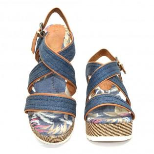 Дамски сандали на платформа в тъмно син цвят Marco Tozzi 28389DM17