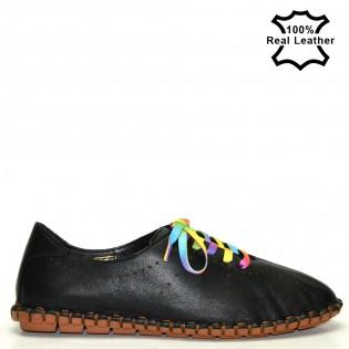 Дамски спортни обувки естествена кожа в черен цвят - F100