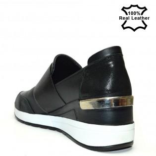 Дамски спортни обувки на платформа F310