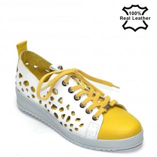 Дамски жълто-бели спортни кецове естествена кожа F6045Y