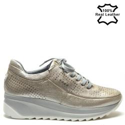 Дамски спортни обувки тип маратонки в бежово - F6040B