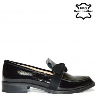 Дамски спортo елегантни обувки естествена кожа - лак L1611