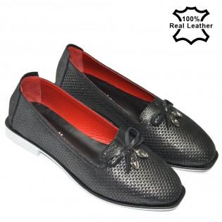 Дамски обувки черен сатен-естествена кожа с перфорация L46