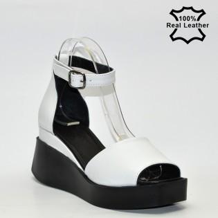 Дамски сандали платформа в бял цвят естествена кожа L624w