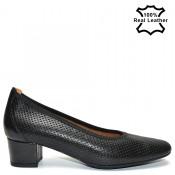Елегантни перфорирани дамски обувки на ток естествена кожа L7096
