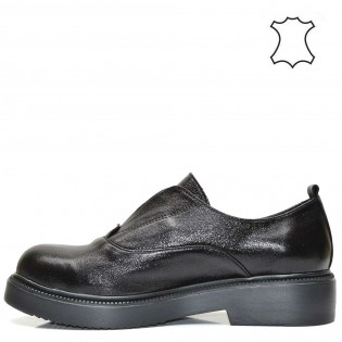 Модерни дамски обувки в метален черен цвят 115A16