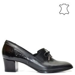 Елегантни ниски луксозни дамски обувки в черен цвят - 527TK16