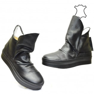 Дамски спортни обувки - кецове от ефектна  естествена кожа 65BI16